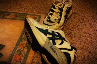 11ShoesbottomClassicToyNormal Positive