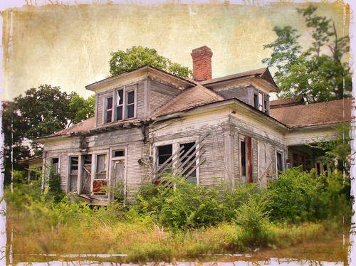 AbandonedHouseYesteryearflat