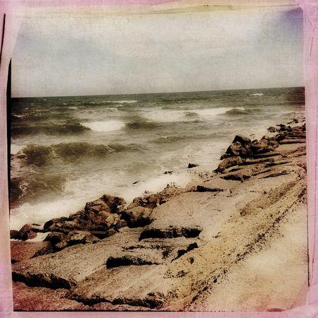 BeachWind&wavesSuperFunHappyTROYBitchinB&W